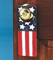 Patriotic Doorknob Hangers Craft Kit (makes 12)