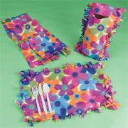 Fleece Creations Craft Kit (makes 12)
